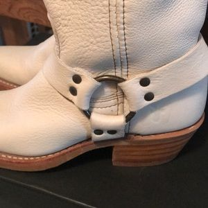 FRYE RARE PUTTY 12R HARNESS BOOTS!!! Sz 6.5